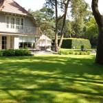 Tuin te Wellness tuin in Bosch en Duin door Hortivorm