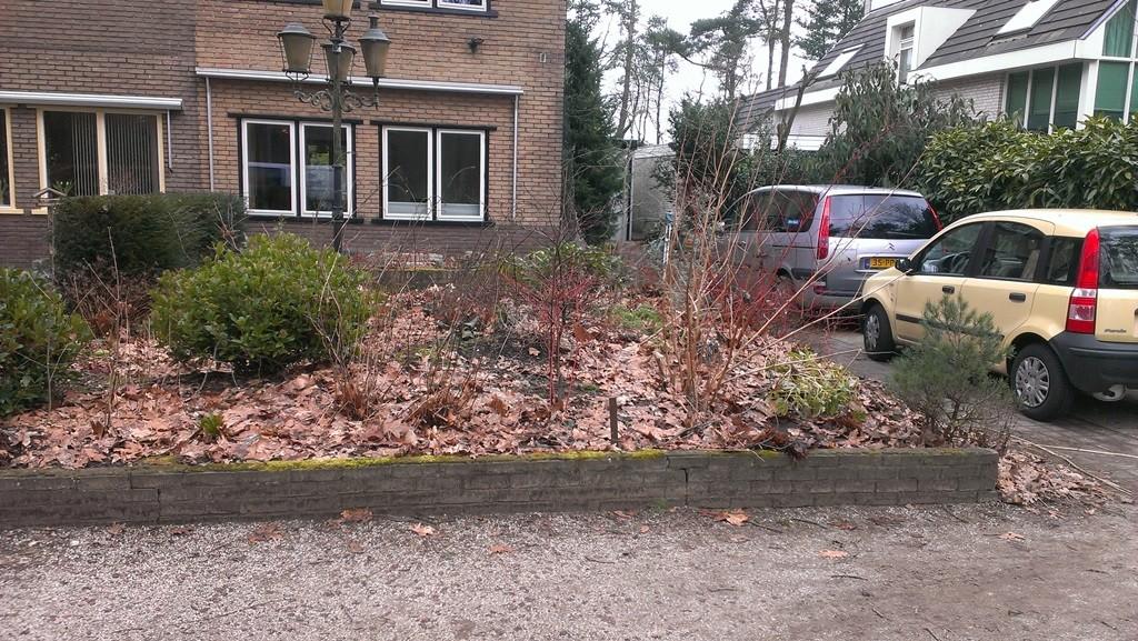 Parkeren In Voortuin : Tuinontwerp tuinaanleg en tuinonderhoud te den dolder hortivorm
